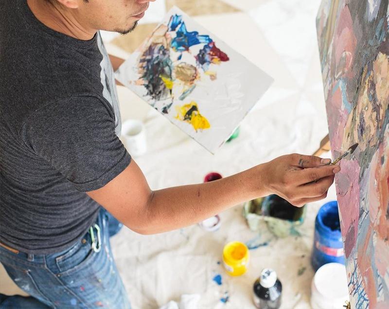 Comment développer sa carrière d'artiste peintre